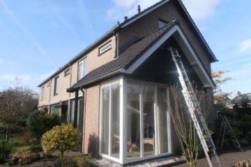 buiten schilderen muren verven huisschilder buitenmuur schilderen huis trap armenschilders.nl