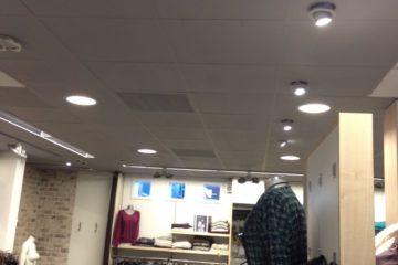 plafond schilder winkel bedrijf binnenschilder schilderen lampjes armenschilders.nl